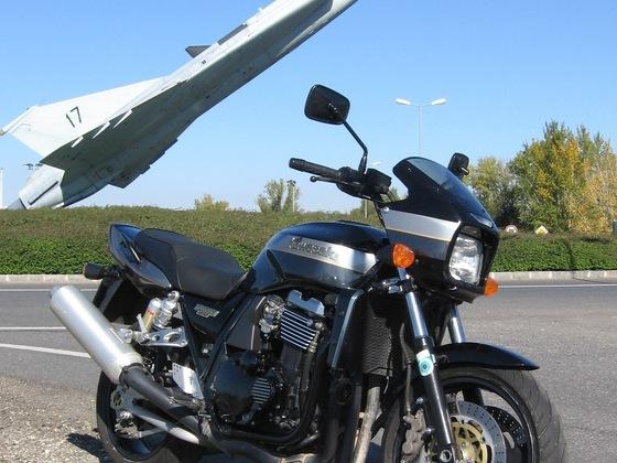 ZRX 1100 meets SAAB Draken